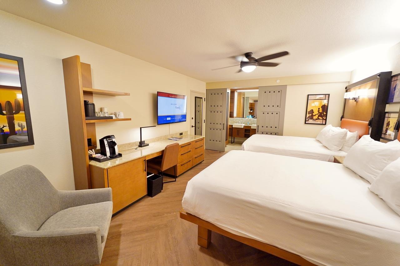 ゆとりある広さで寛げる客室
