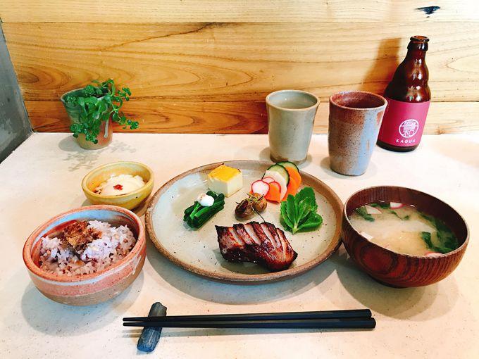 本格的な焼魚定食が食べられるブルックリンの「Okonomi」
