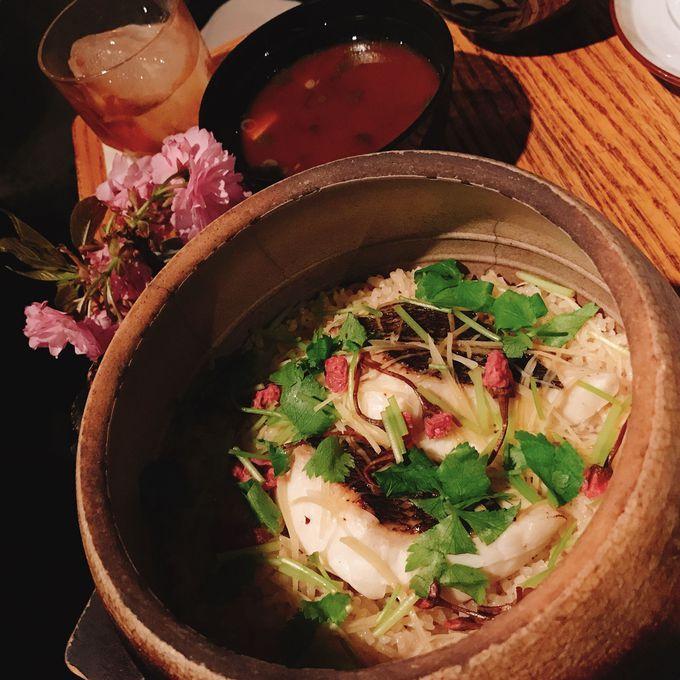 本格的な日本酒と和食が楽しめる「Sakagura」