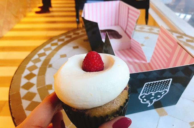 パッケージも可愛い!「Sweets by Chloe」のカップケーキ