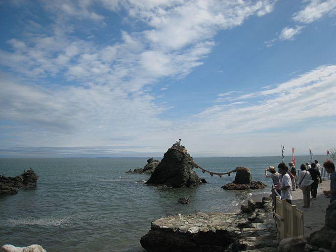 夫婦和合の象徴・夫婦岩
