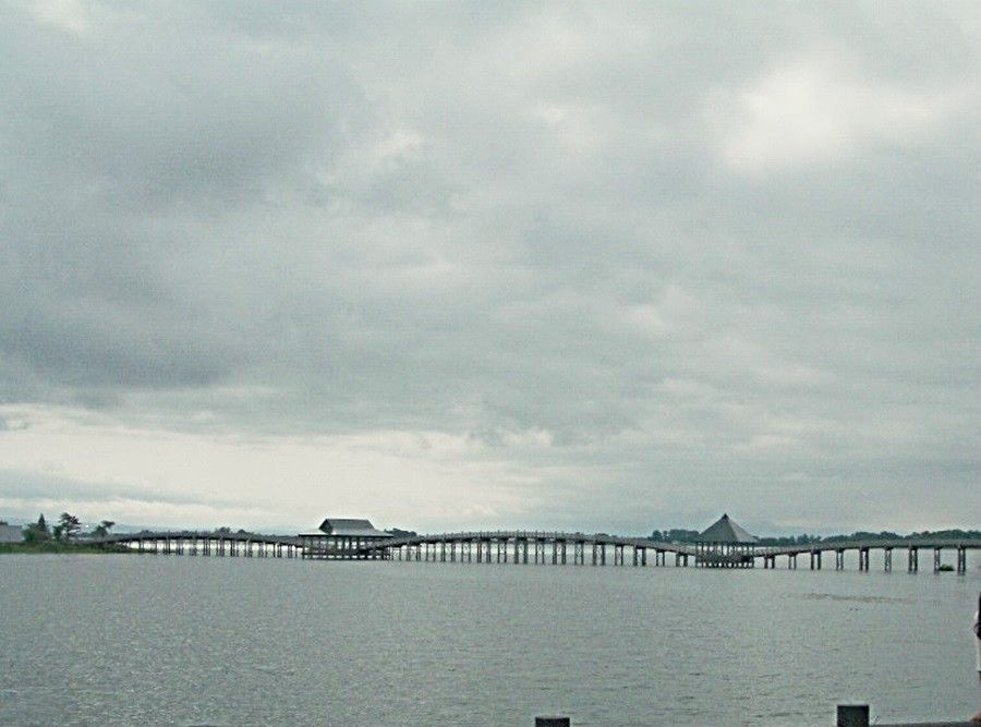 「鶴の舞橋」・名前通りの美しさ