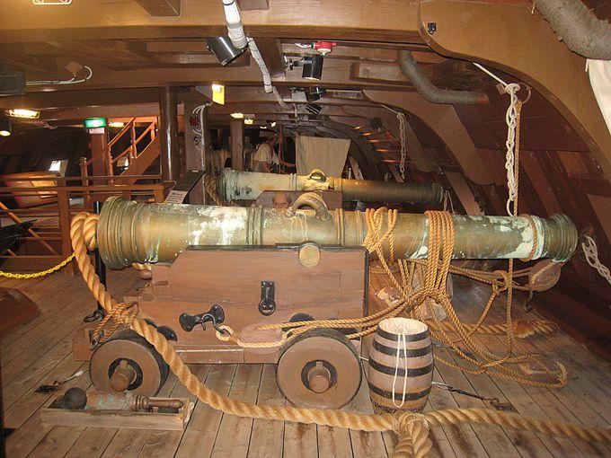 大砲も装備