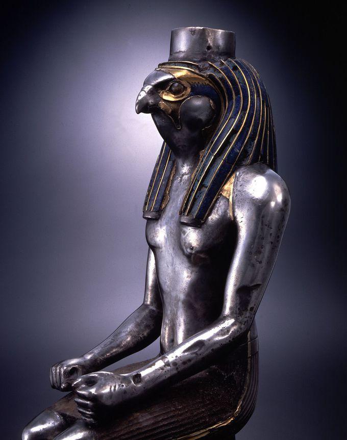 古代エジプトの神「ホルス神」