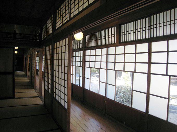 日本家屋の落ち着いた内装