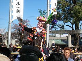 「上げ馬神事」で800年の若き雄叫びを!〜三重県員弁