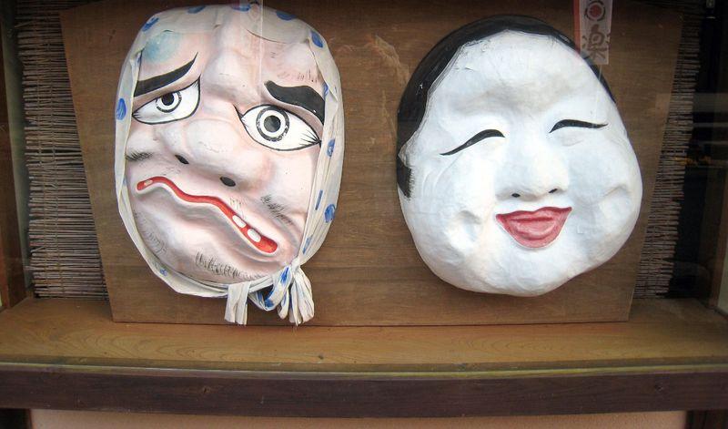 レトロな街並みを散策!安芸高田「神楽門前湯治村」は神楽ブームの火付け役!