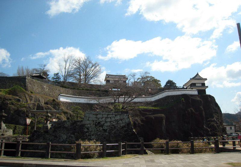 えっ?城が孤島!驚きの大分・臼杵城址は天然の要塞