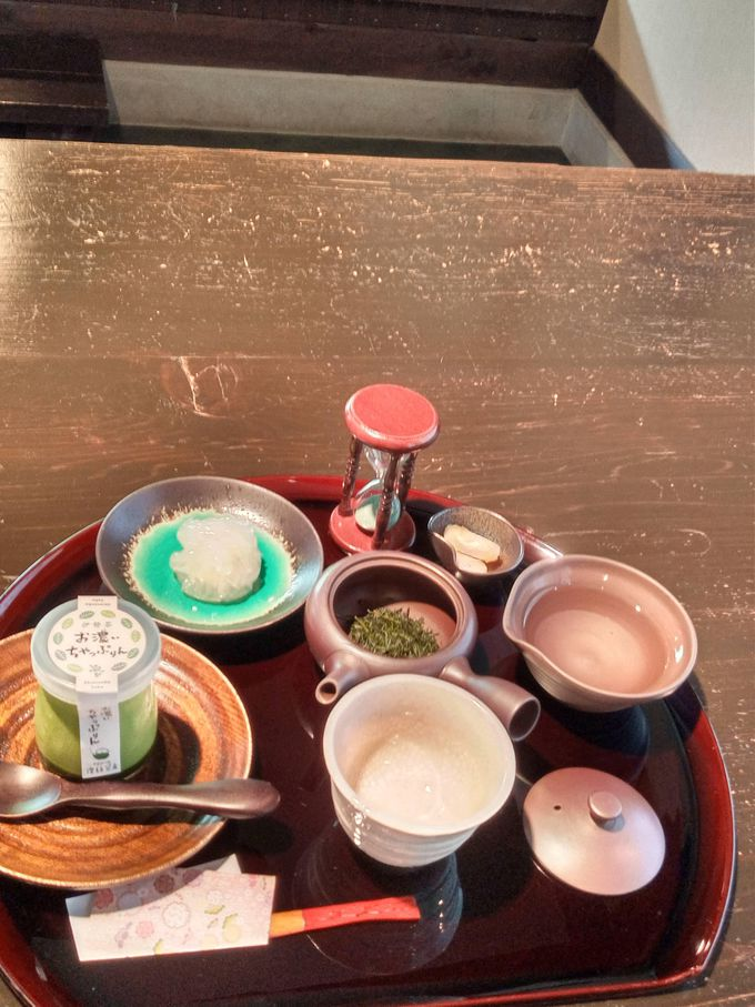 「深蒸し煎茶」の味と香りでリラックス