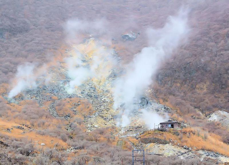 噴火後益々凄くなった!噴煙上がる箱根「大涌谷」