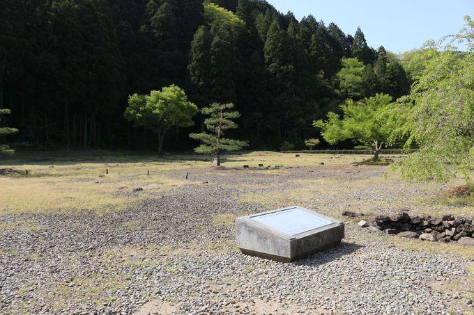 織田信長の軍勢との戦で3日3晩燃え尽くし灰燼に帰した朝倉城