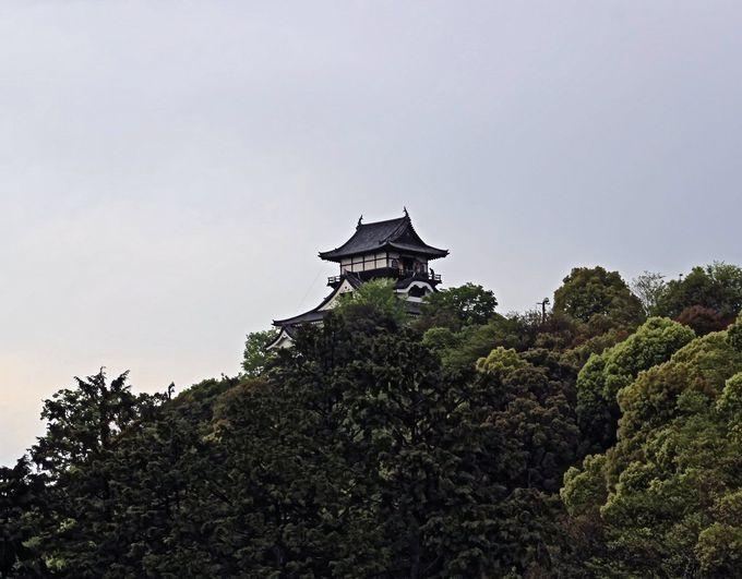 美しい容姿を持つ犬山城の別名は「白帝城」