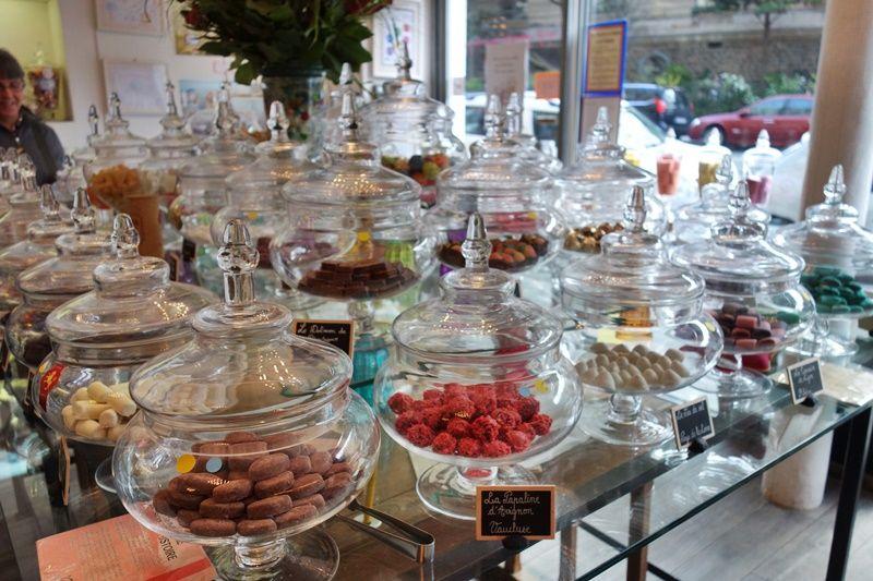 パリで見つけたかわいいお菓子の国「ルボンボンオパレ」