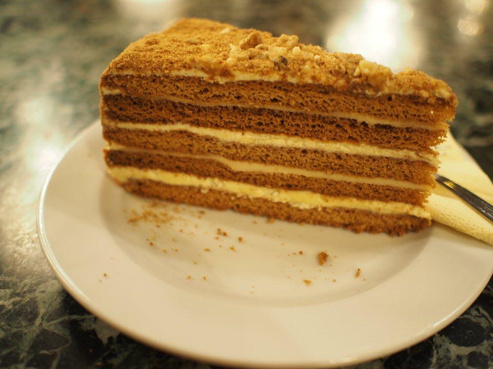 プラハといえば、ハニーケーキ!