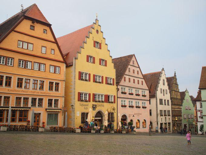 城壁からローテンブルクの街並みを見渡す