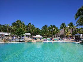 目の前がターコイズブルーの海!キューバ「ロイヤルトン・イカコス」で贅沢なオールインクルーシブを満喫