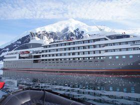 究極の秘境地・南極 〜フランス船籍のスモール・ラグジュアリー船でいってみよう〜