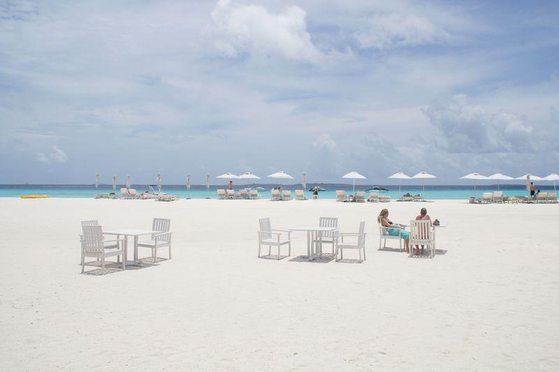 魅惑のビーチリゾート モルディブ フォーシーズンズホテルで優雅なひとときを