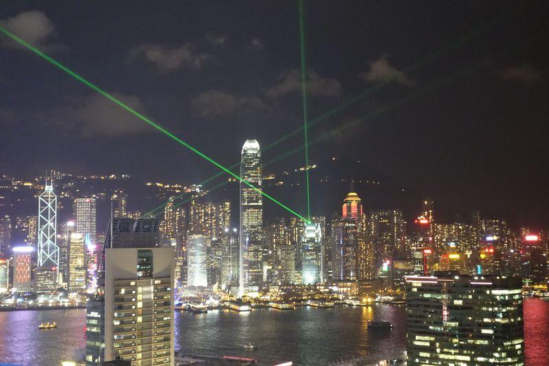 香港で絶対見たい夜景が楽しめるバー6選