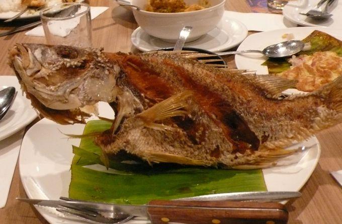 プラナカン ニョニャ料理 香辛料の味を堪能する