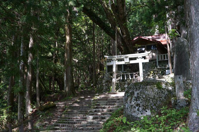 神坂神社(みさかじんじゃ)から出発する