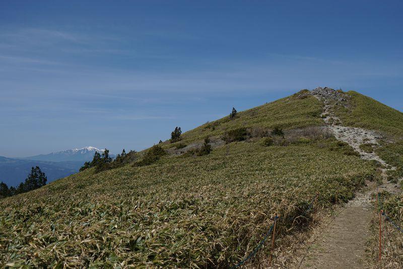 1300年前の古道・東山道トレッキング!360度のパノラマも満喫