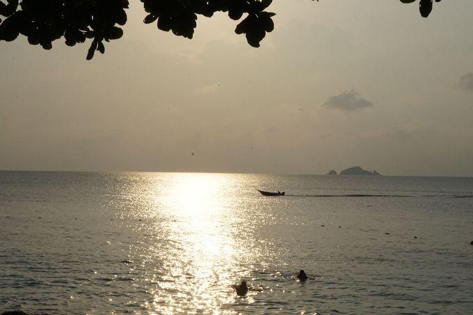 プルフンティアン島「クチル」の限りなく透明な浜辺