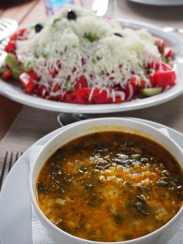ハズレがない!レストラン「507」でブルガリア料理を楽しむ