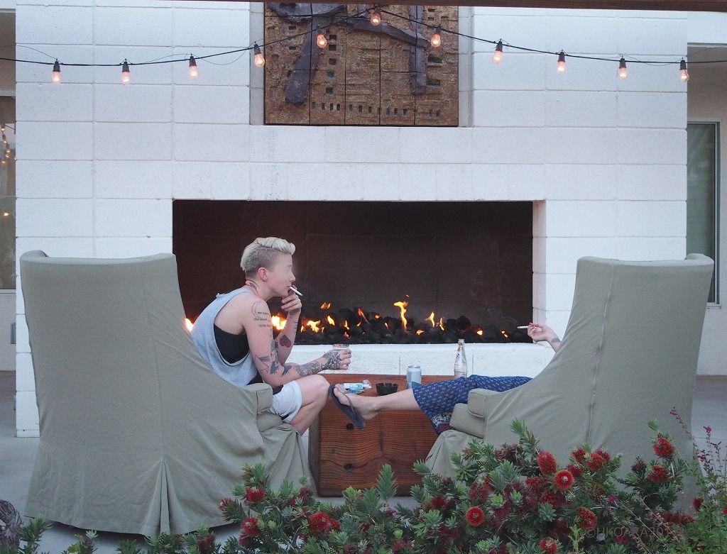 プールにジャグジー、暖炉でくつろぐ