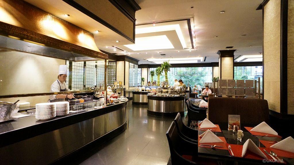 和食もタイ料理も楽しめる朝食