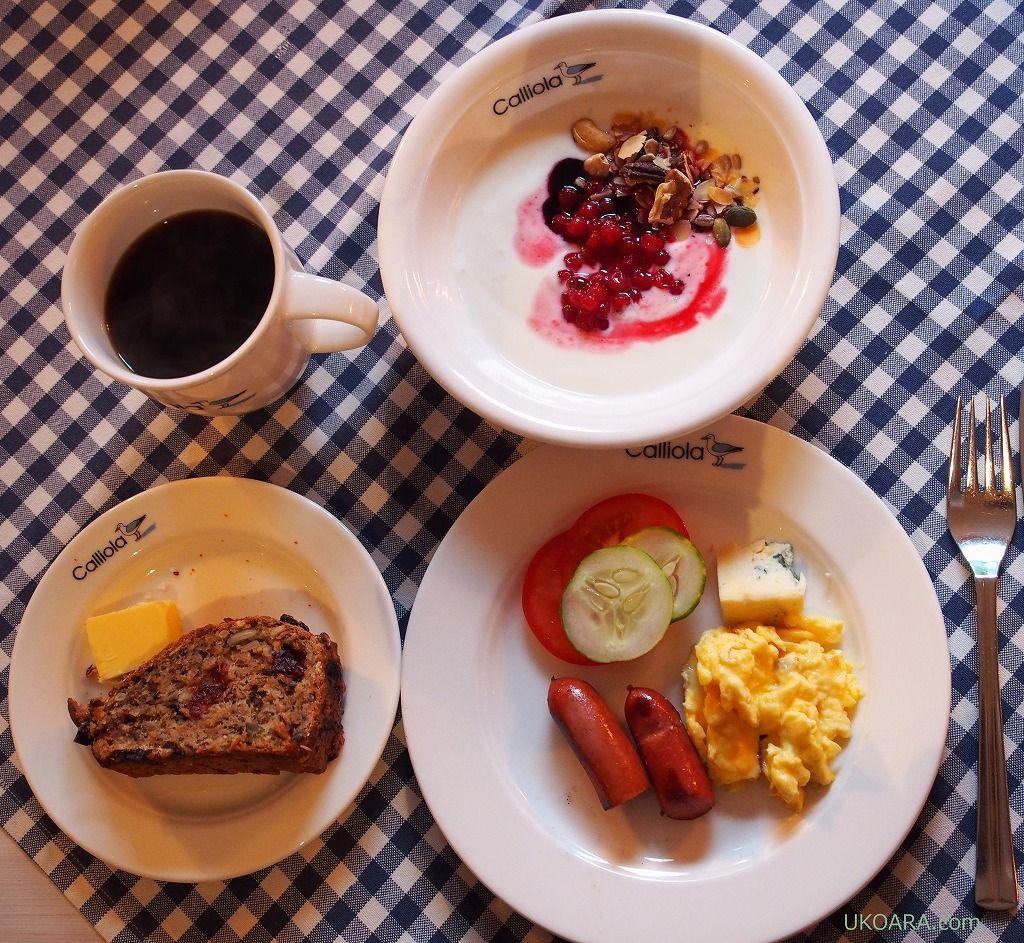 カッリオラリゾートのシンプルな朝食