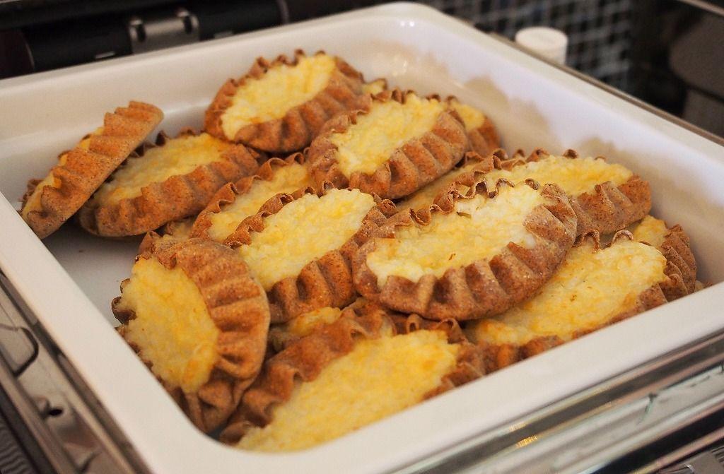 朝食で食べたいフィンランド名物「カレリヤパイ」