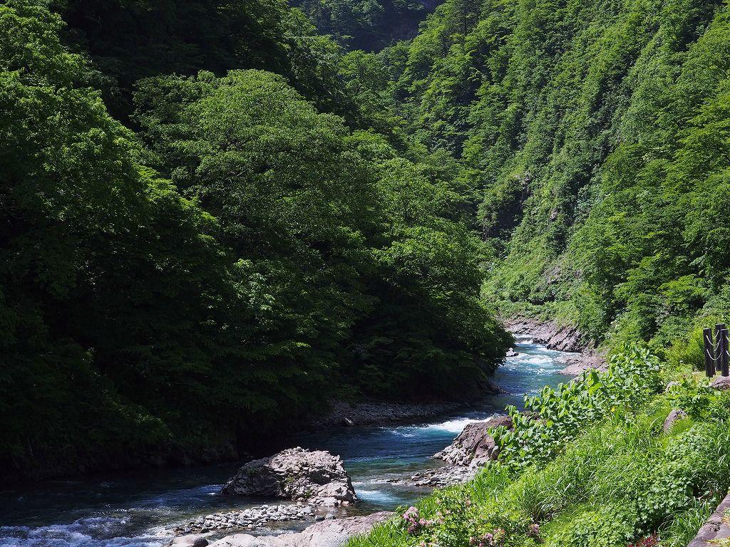 2018年7月には足湯もオープン「清津峡渓谷トンネル」