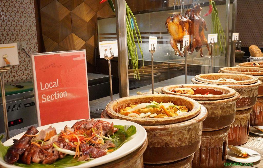 多国籍国家マレーシアの料理を一度に楽しめるビュッフェ