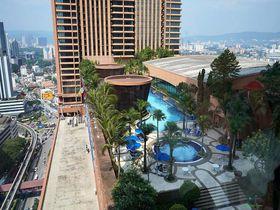 大都会の真ん中のプール!ベルジャヤタイムズスクエアホテルKL・マレーシア