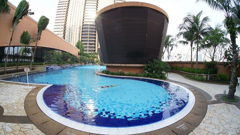 クアラルンプールの大きなプール付ホテル「ベルジャヤタイムズスクエアホテルKL」