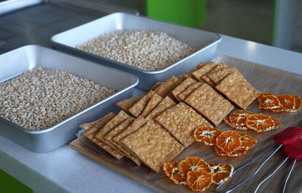 「ハヒョサロン」で済州伝統のお菓子作り体験