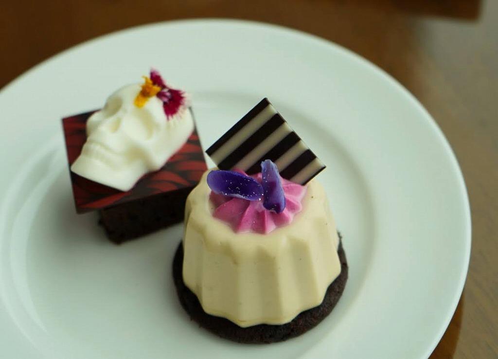 北海道から鹿児島までの食材を使用した5種類のスイーツ