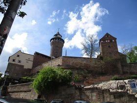 必見!皇帝の城「カイザーブルク」の絶景と50mの深井戸!