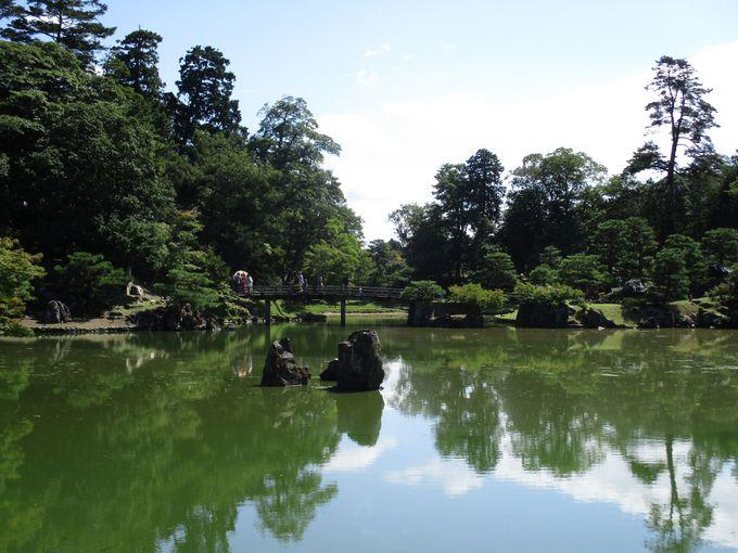 桜と紅葉と名庭を堪能する「彦根城」