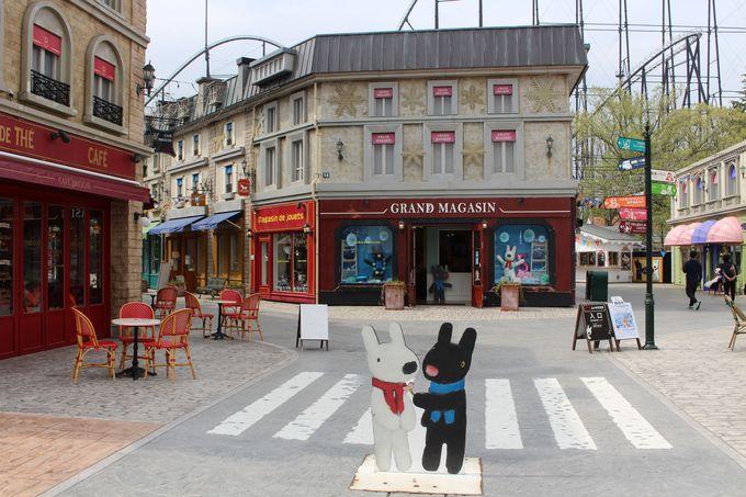 リサとガスパールタウンはまるでパリの街角!