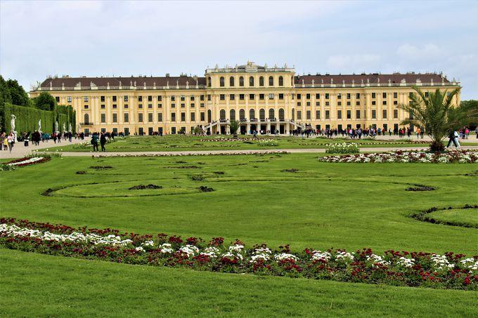 世界遺産・シェーンブルン宮殿は夏離宮として
