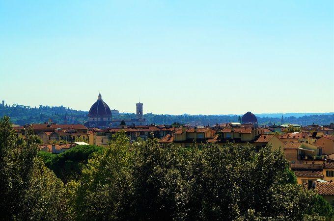 公園から眺められるのはロマンチックなフィレンツェの景色