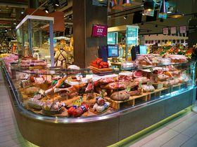 フィレンツェのおしゃれスーパーでお買い物しよう!BARもありお土産も充実!