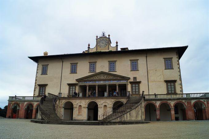 メディチ家コレクション静物画も楽しめる「ポッジョ・ア・カイアーノ荘」