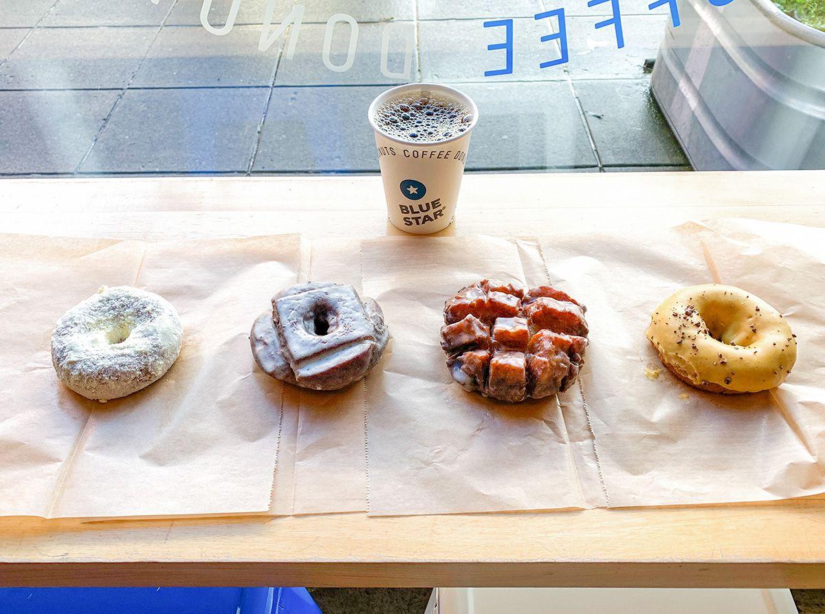 ローカル人気ナンバーワン!Blue Star Donuts(ブルースター・ドーナツ)