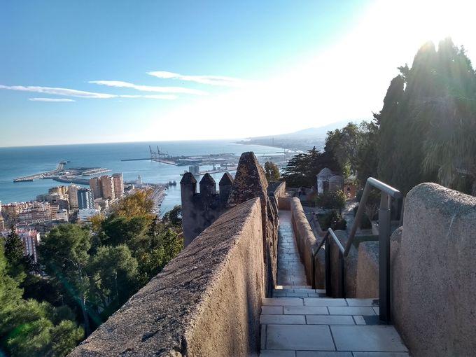 山頂のヒブラルファロ城へ