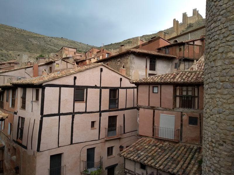 スペイン・中世の美村「アルバラシン」を100%満喫しよう!