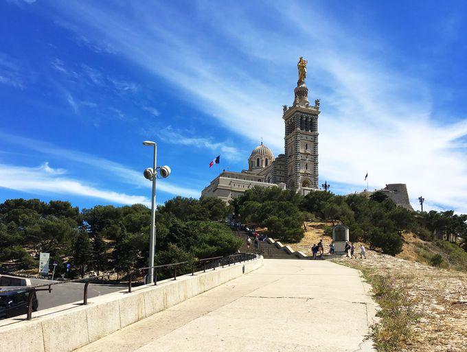 マルセイユのシンボル、「ノートルダム・ドゥ・ラ・ガルド寺院」