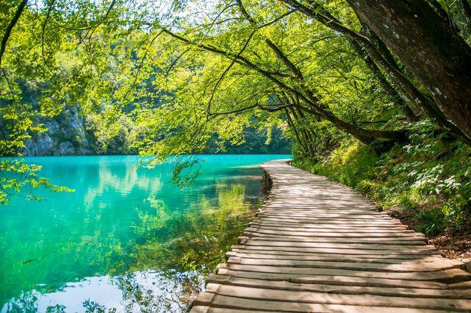 8.プリトヴィツェ湖群国立公園(クロアチア)/モスタル(ボスニア・ヘルツェゴビナ)